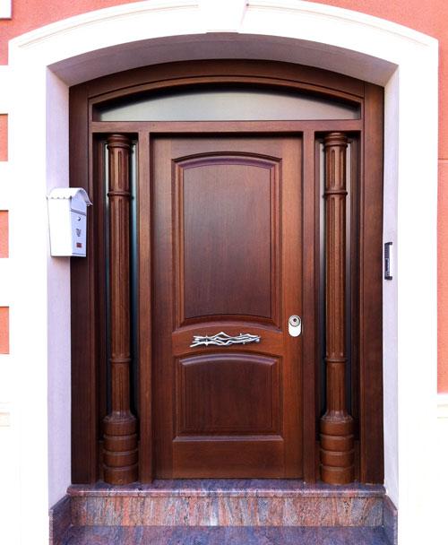 Puertas exteriores de madera para la casa americana dj for Puertas de madera blancas para exterior