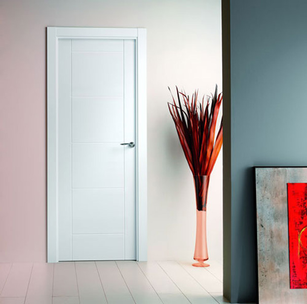 Puertas lacadas blancas mm for Puertas blancas modernas