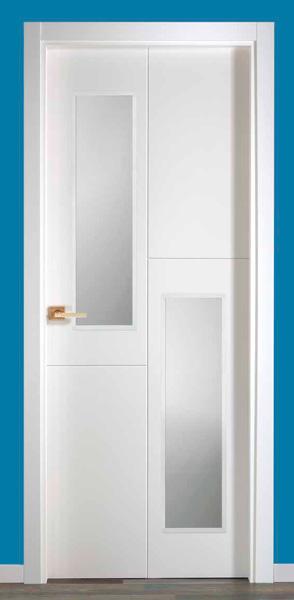 Puerta lacada blanca modelo lacada uvt4 2v mm for Puertas madera blancas